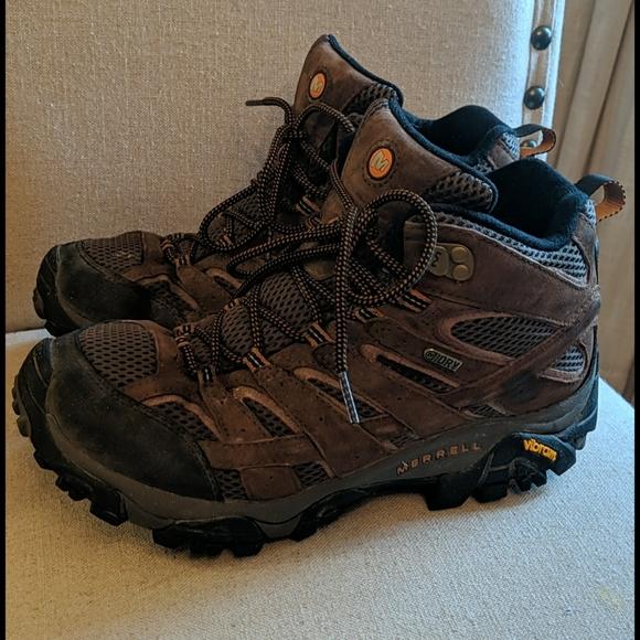 Wide Width Mens Boots